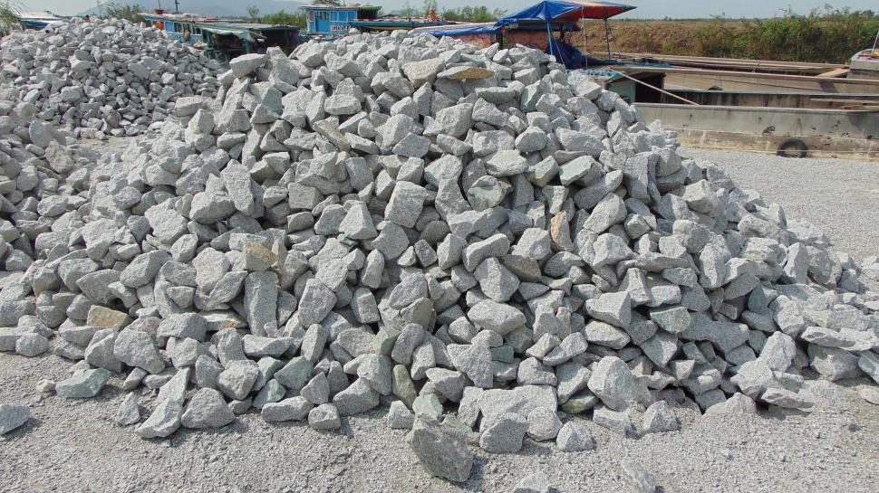Cửa hàng vật liệu khu vực Tân Bình